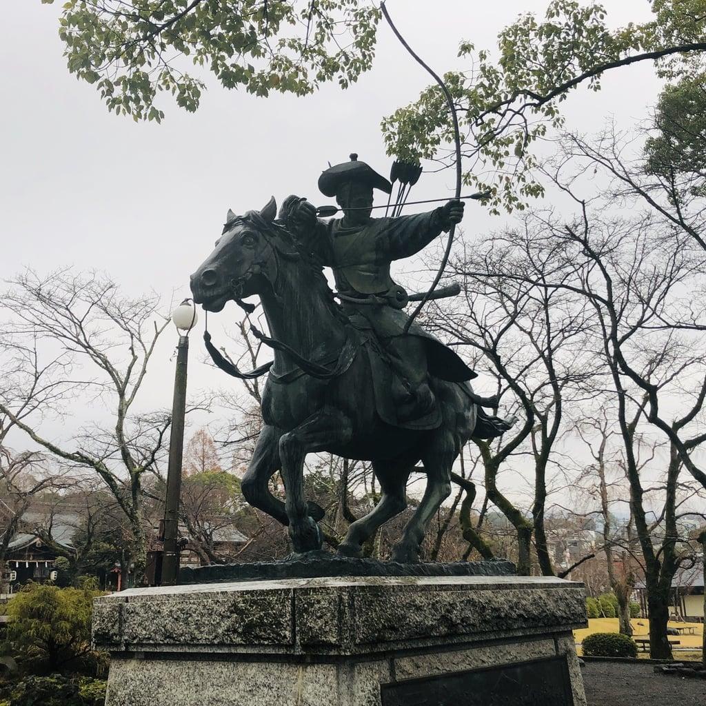 富士山本宮浅間大社の像