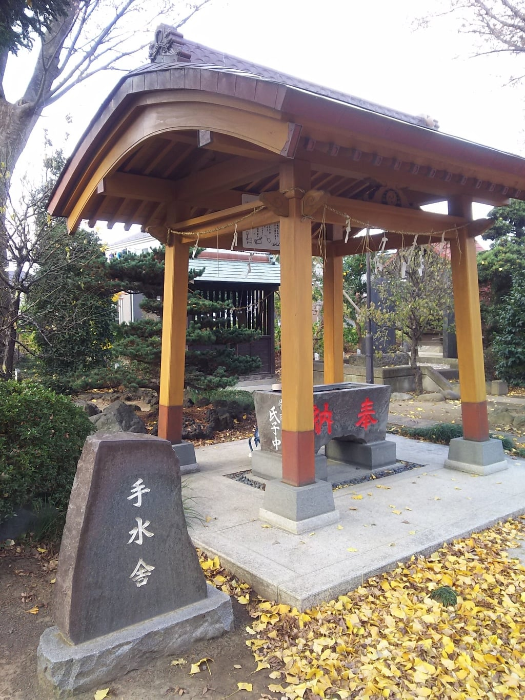 足立神社の境内・文化財