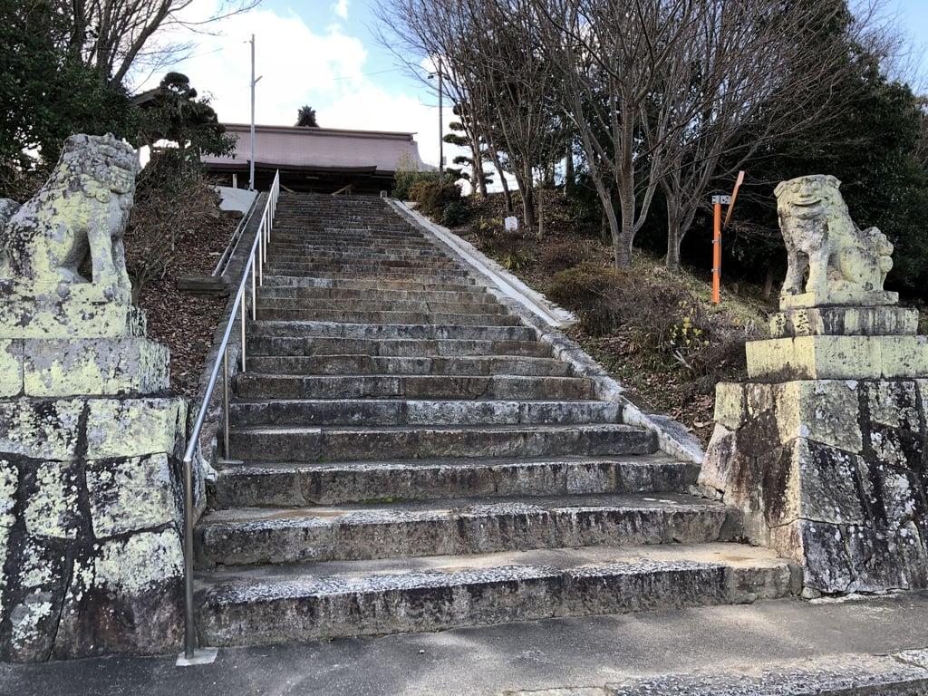 美作総社宮の狛犬
