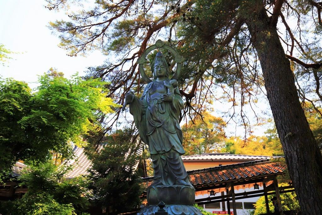 瑠璃光寺の仏像(山口県上山口駅)