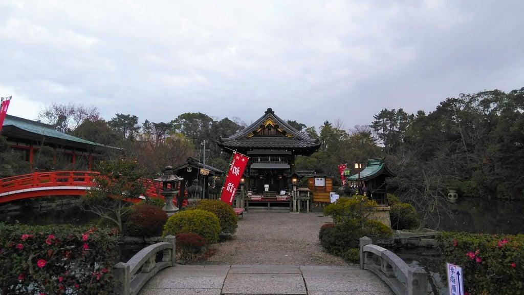 神泉苑(京都府二条城前駅)
