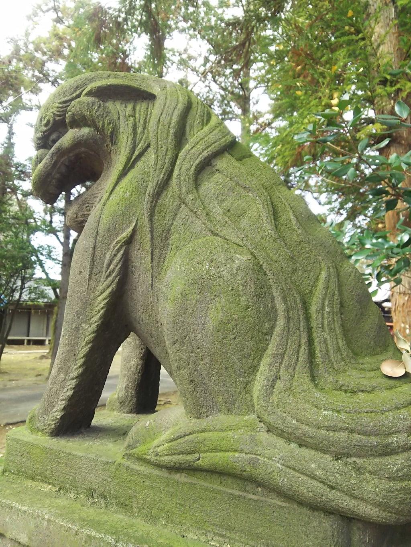 二ツ宮氷川神社の狛犬(埼玉県指扇駅)