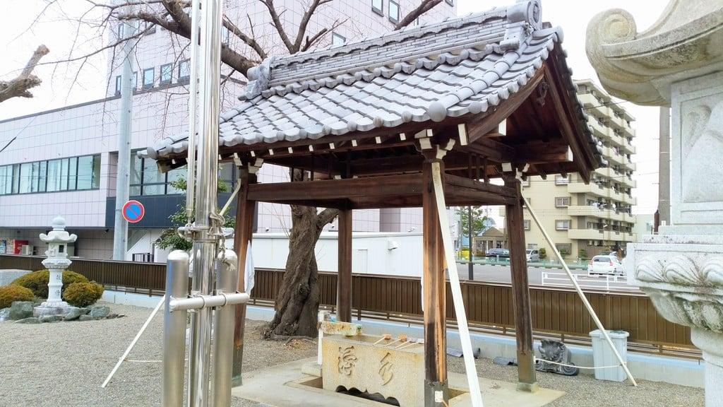 薮田神社の手水