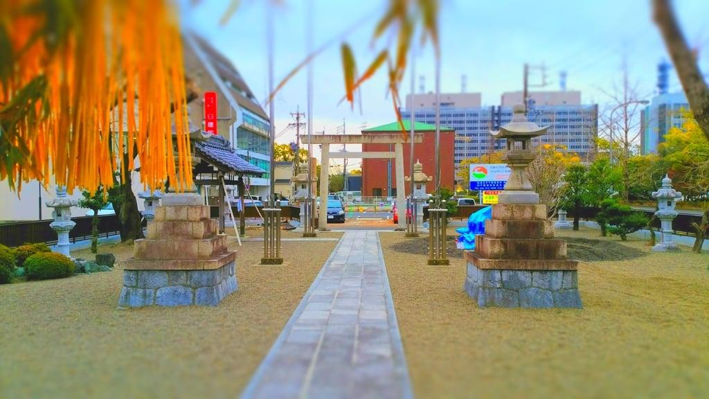 薮田神社の建物その他