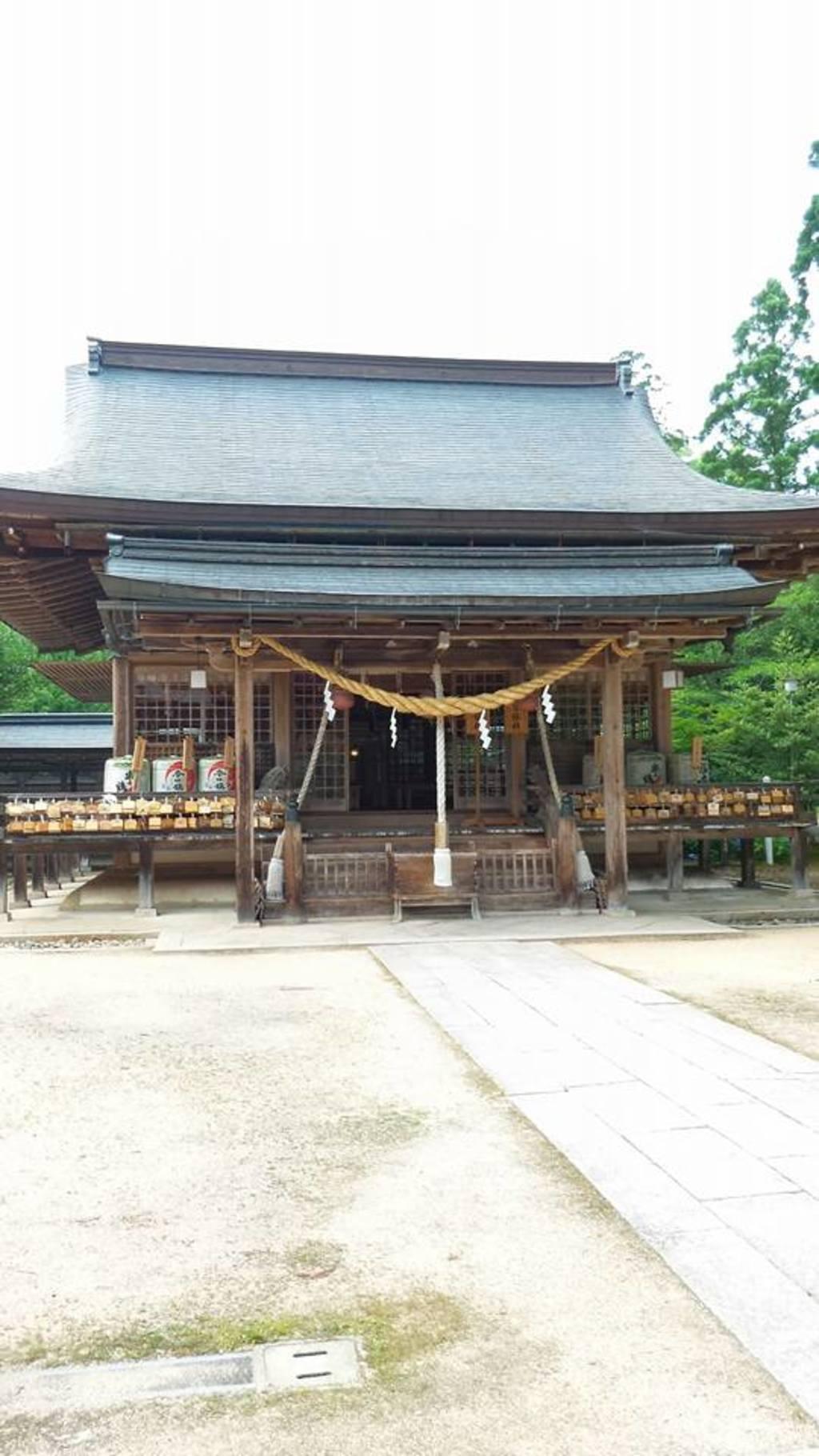 出石神社の本殿(兵庫県国府駅)