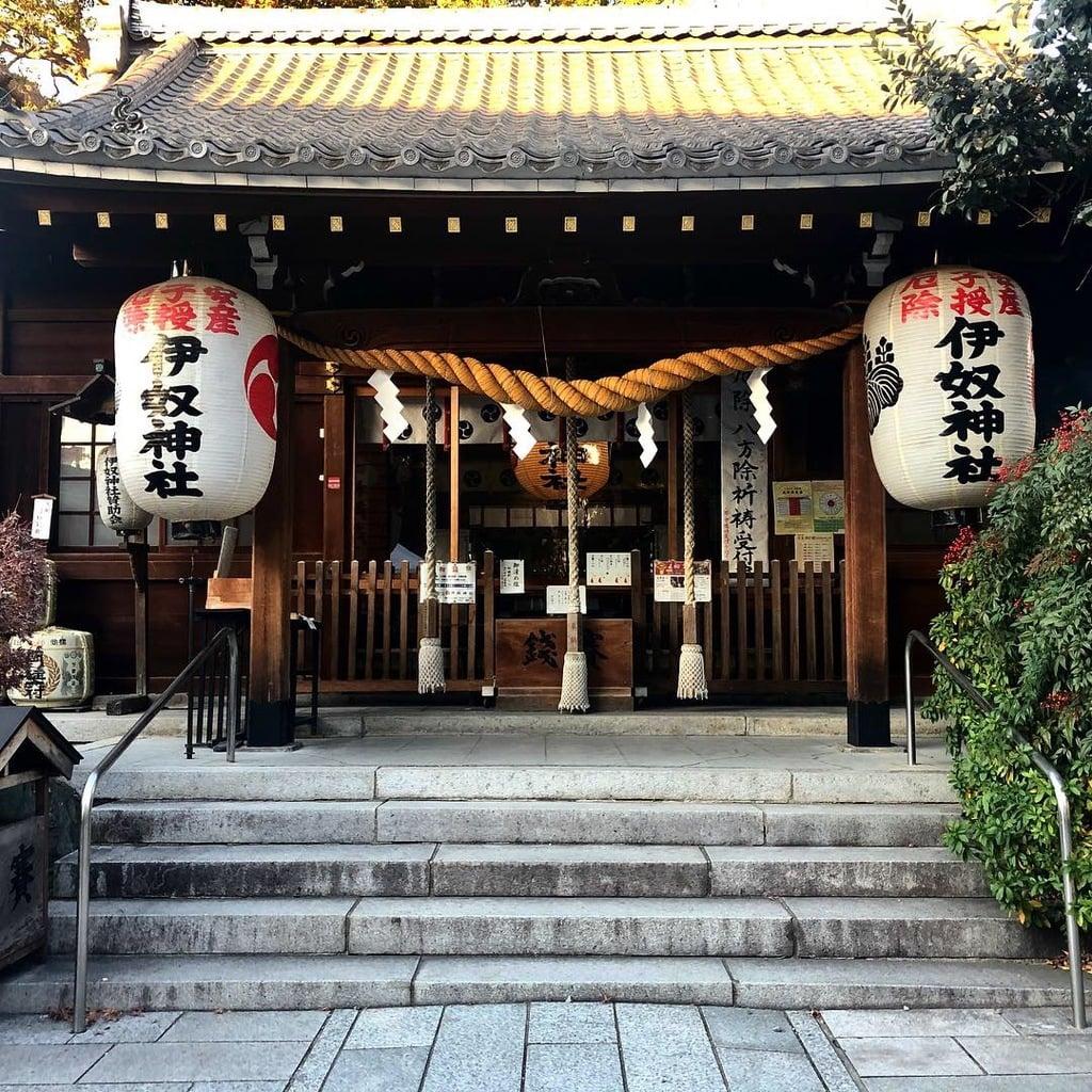 伊奴神社の本殿