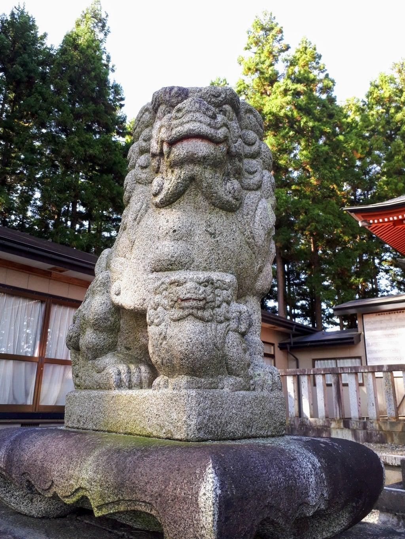 三獄神社の狛犬