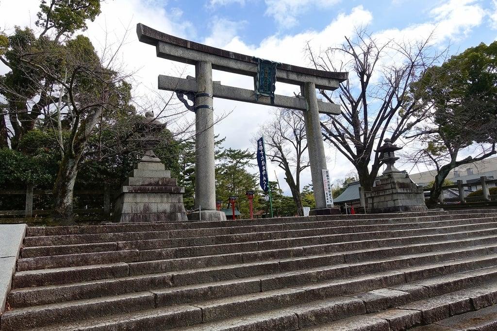豊国神社の鳥居