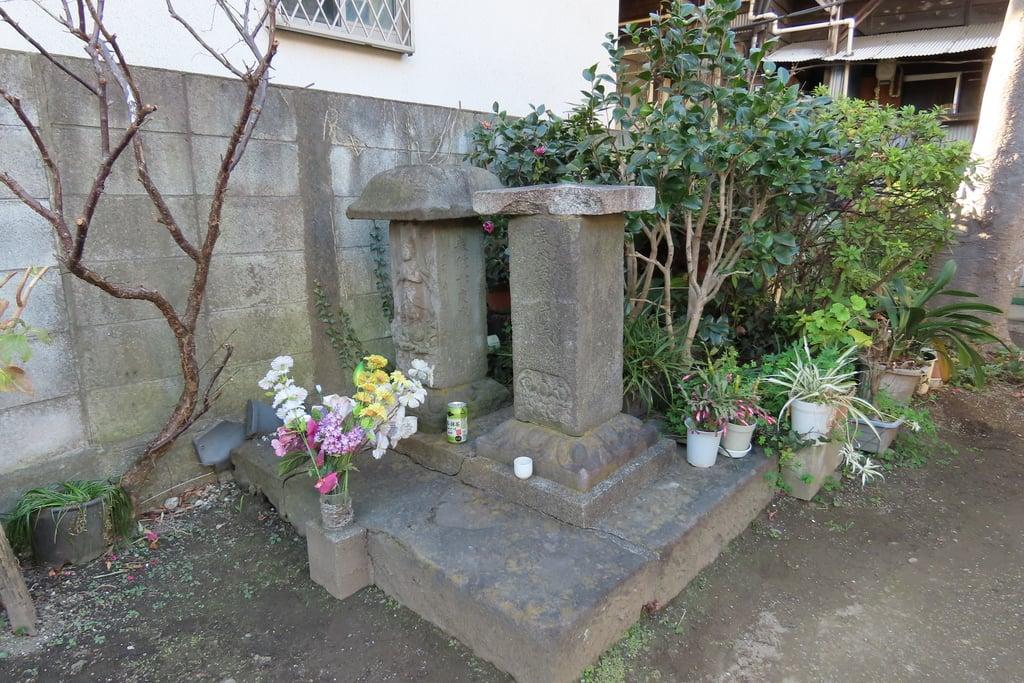 下稲荷神社の建物その他