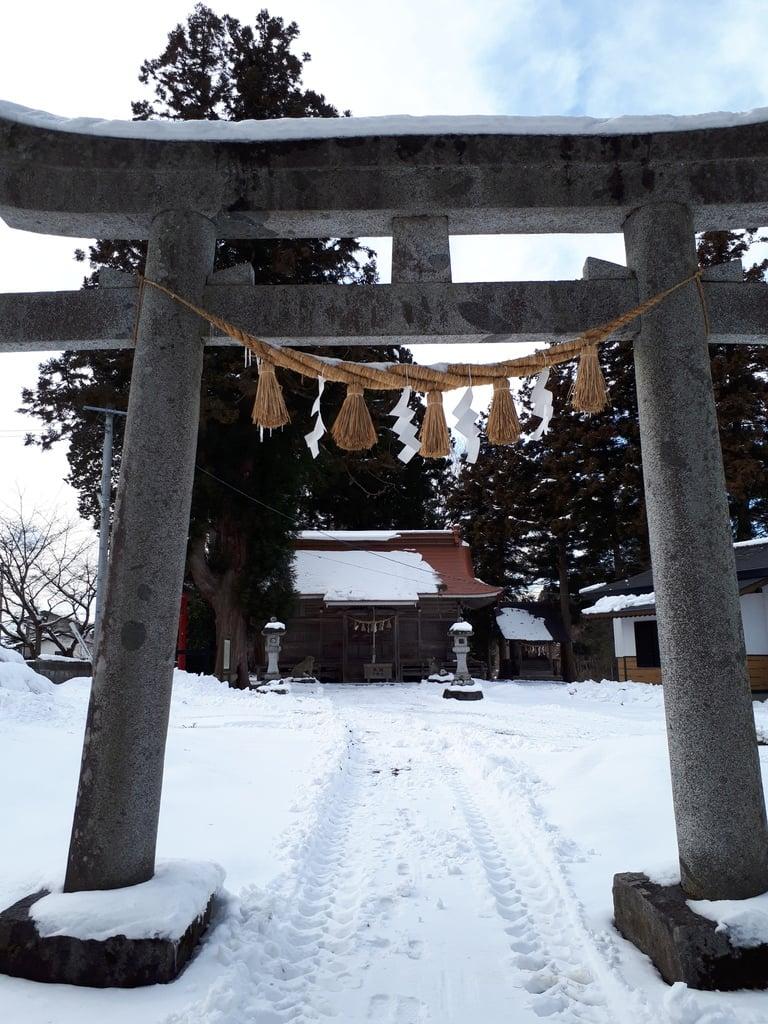 於呂閇志胆澤川神社の鳥居