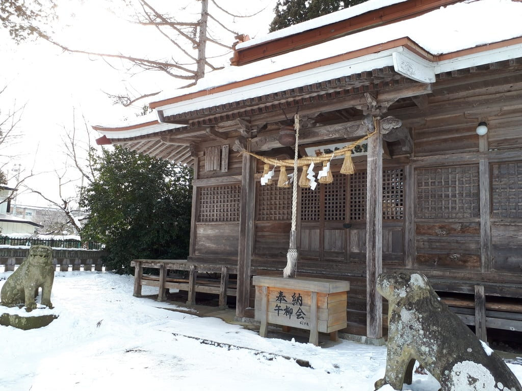於呂閇志胆澤川神社の本殿