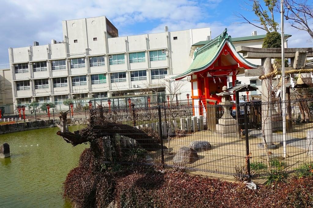 杭全神社の庭園(大阪府平野(JR)駅)