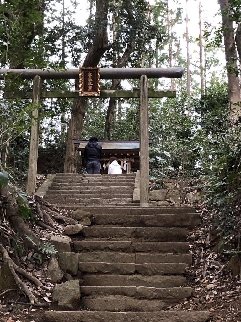 事任八幡宮の鳥居(静岡県菊川駅)