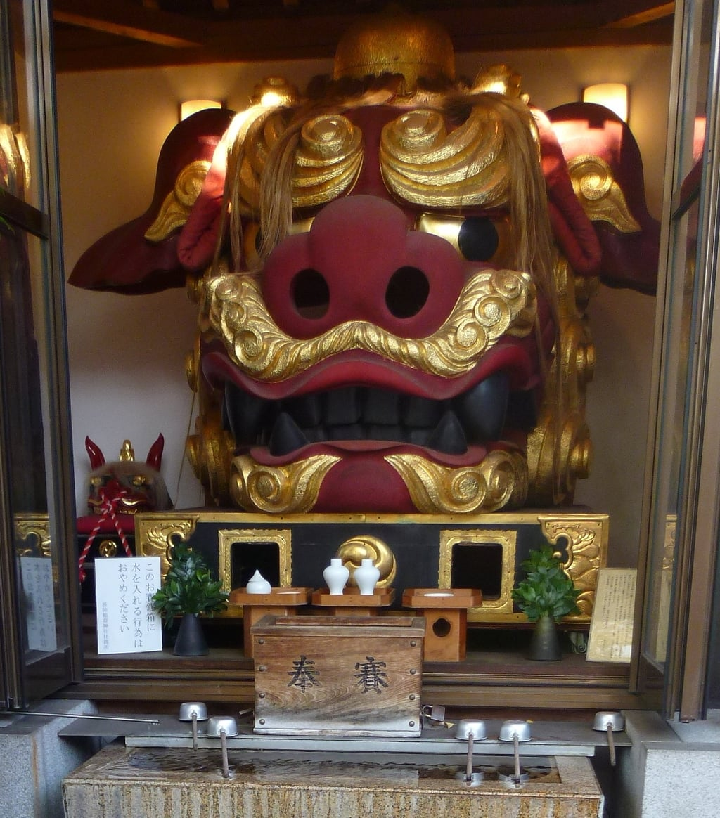 波除稲荷神社の像
