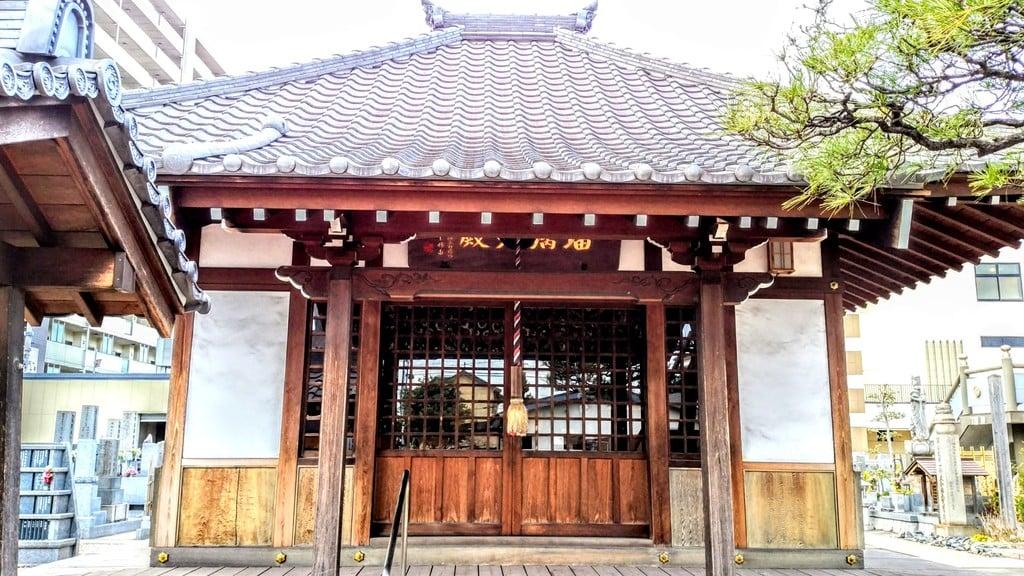 玉応山 龍雲院の本殿