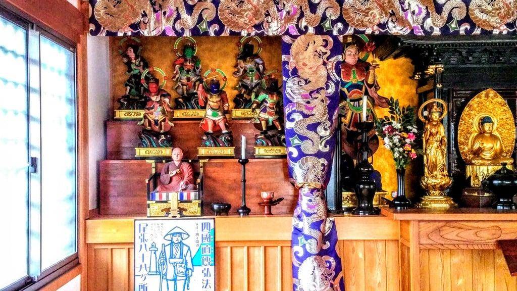 玉応山 龍雲院の仏像