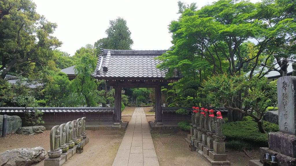 小川寺の本殿