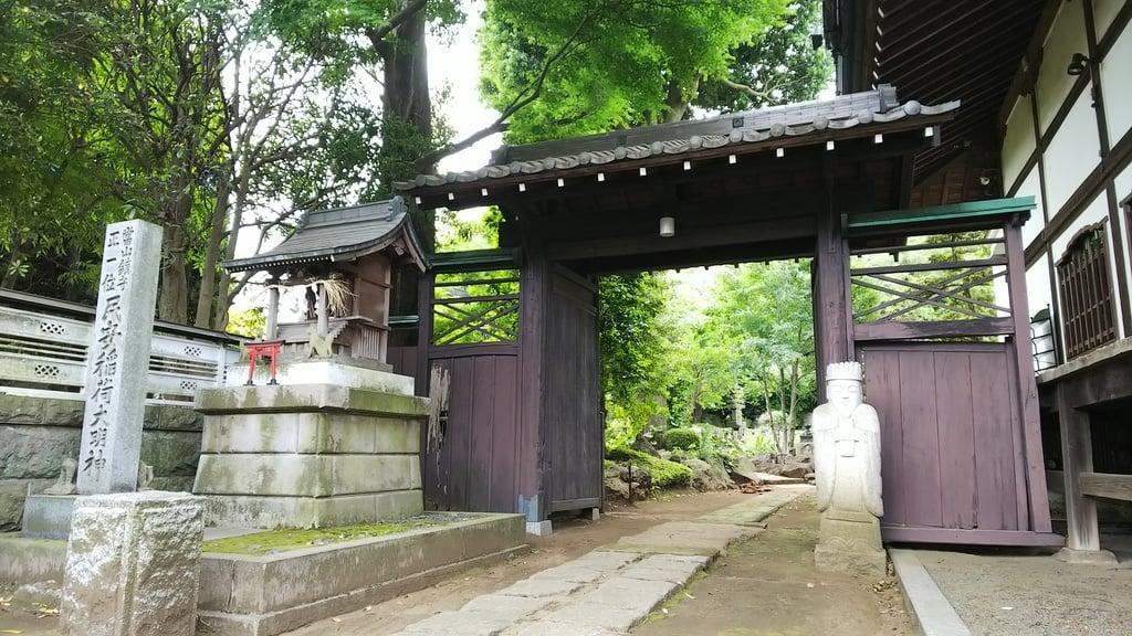 小川寺の山門