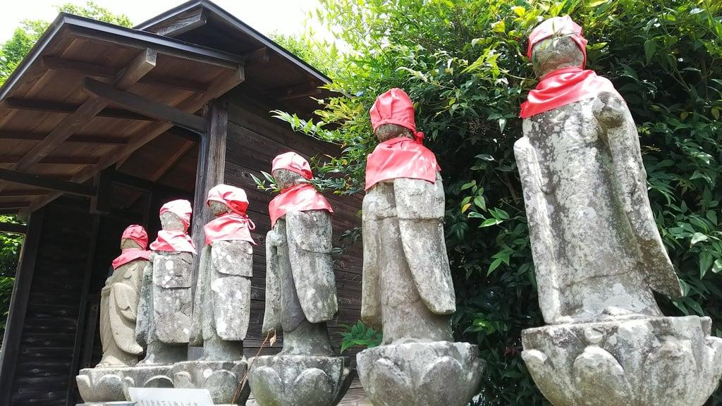 小川寺の地蔵