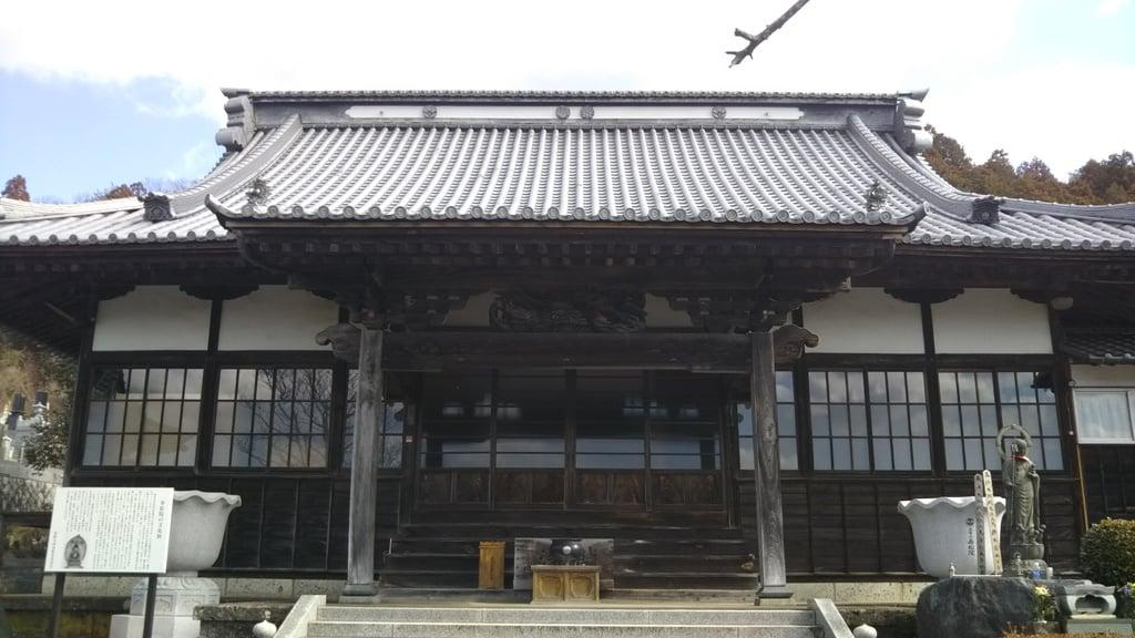 寿松院の本殿