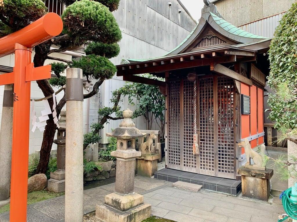 竹尾稲荷神社の本殿