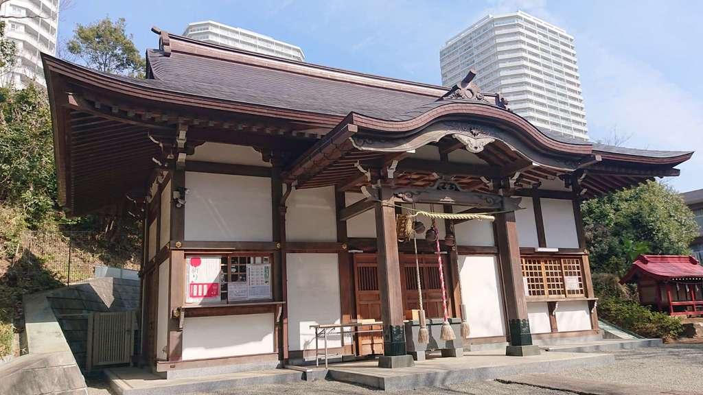 白旗神社の本殿