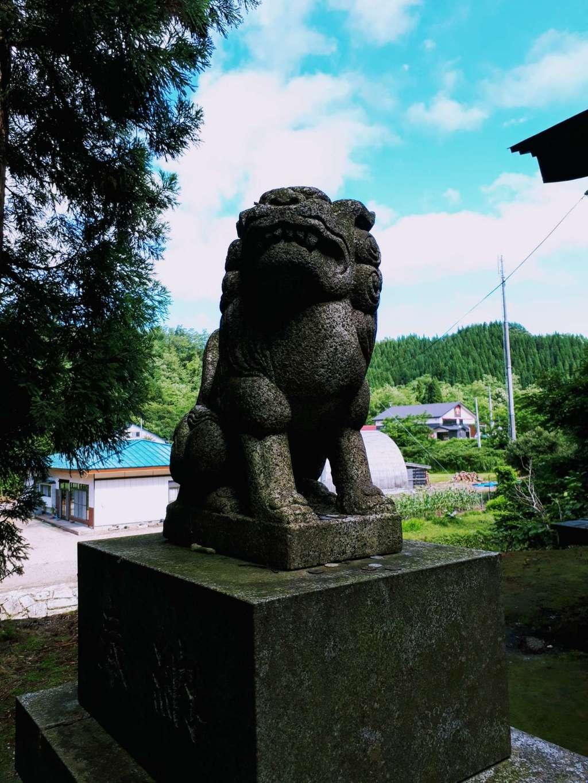 七滝神社の狛犬