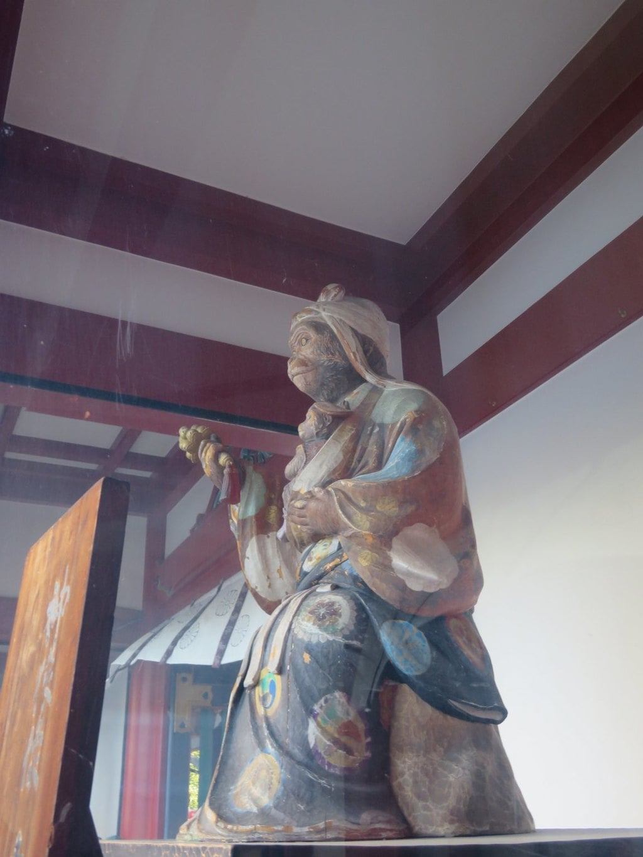 日枝神社の像(東京都溜池山王駅)
