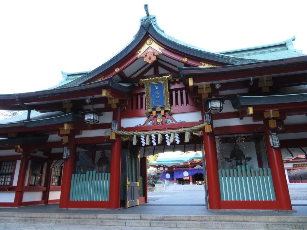 日枝神社の山門・神門(東京都溜池山王駅)