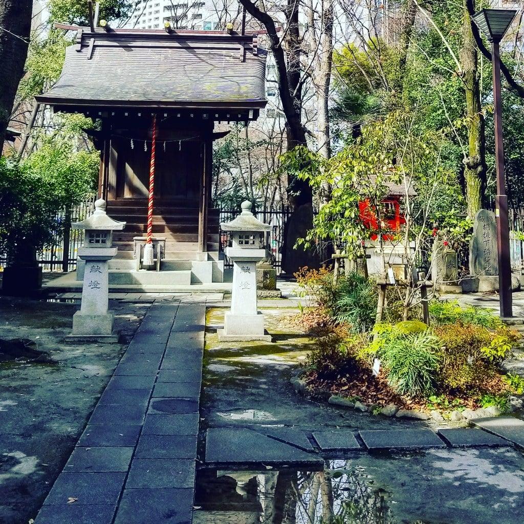 熊野神社の末社
