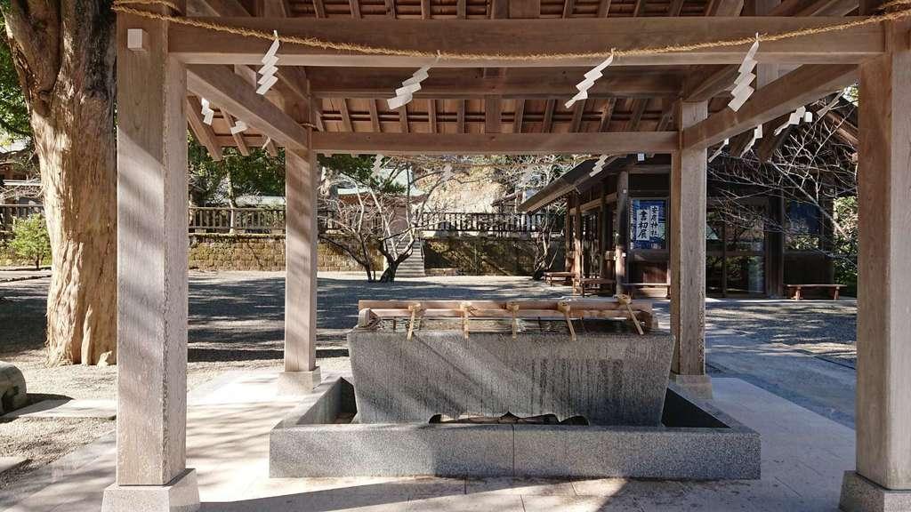 安房神社の手水舎(千葉県館山駅)