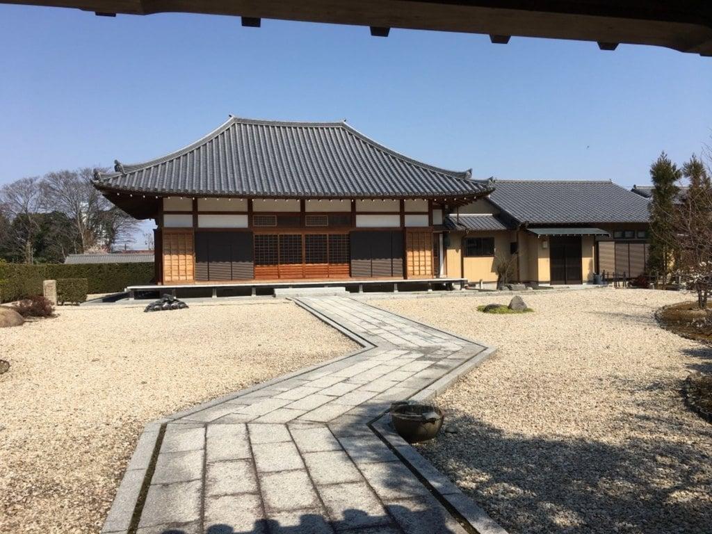 来薫院(妙興寺塔頭)の本殿