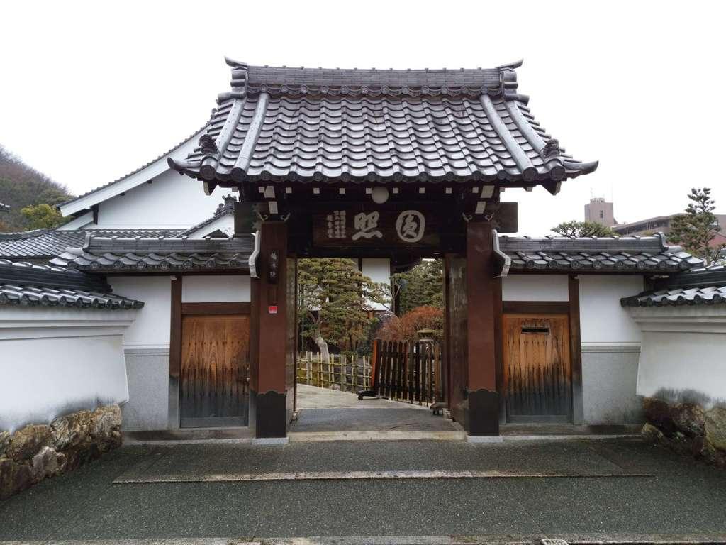 鶴棲院(岐阜県田神駅)