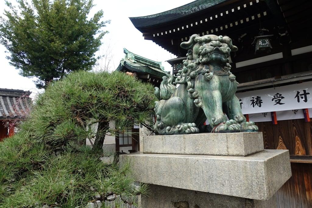 生根神社の狛犬