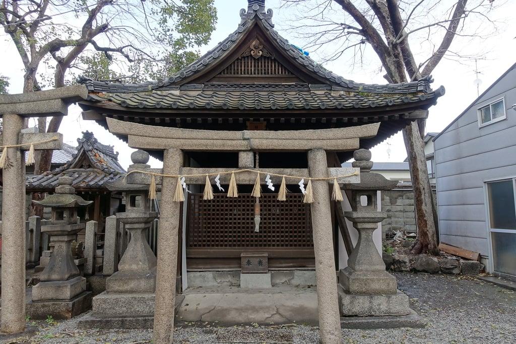 生根神社の末社