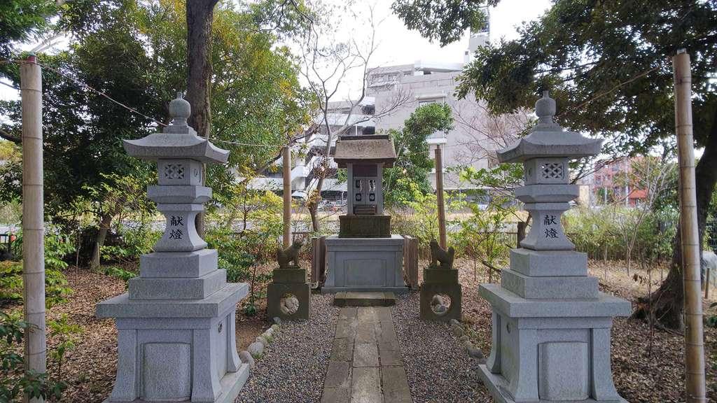 菊田神社の末社