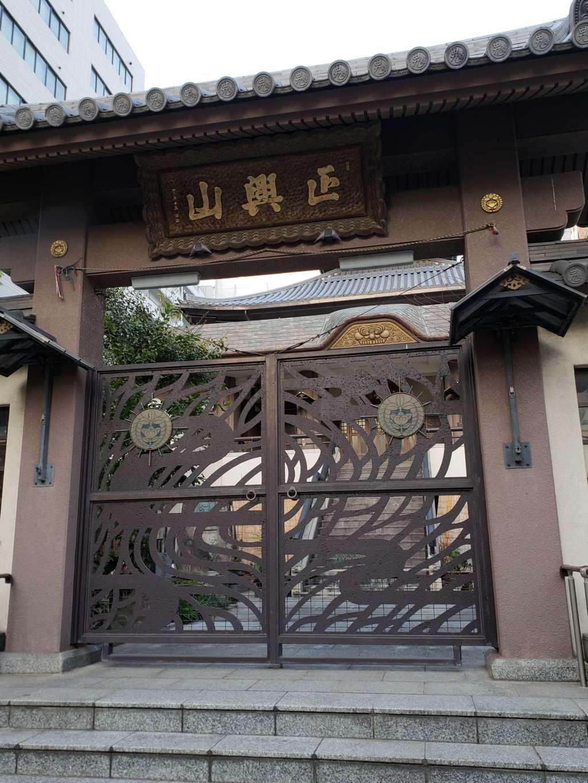 勝立寺の山門