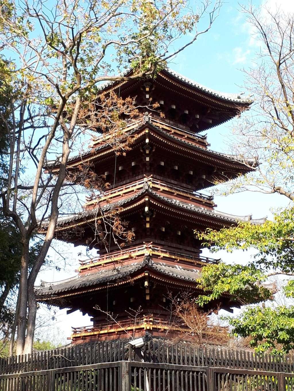 上野東照宮の塔(東京都京成上野駅)