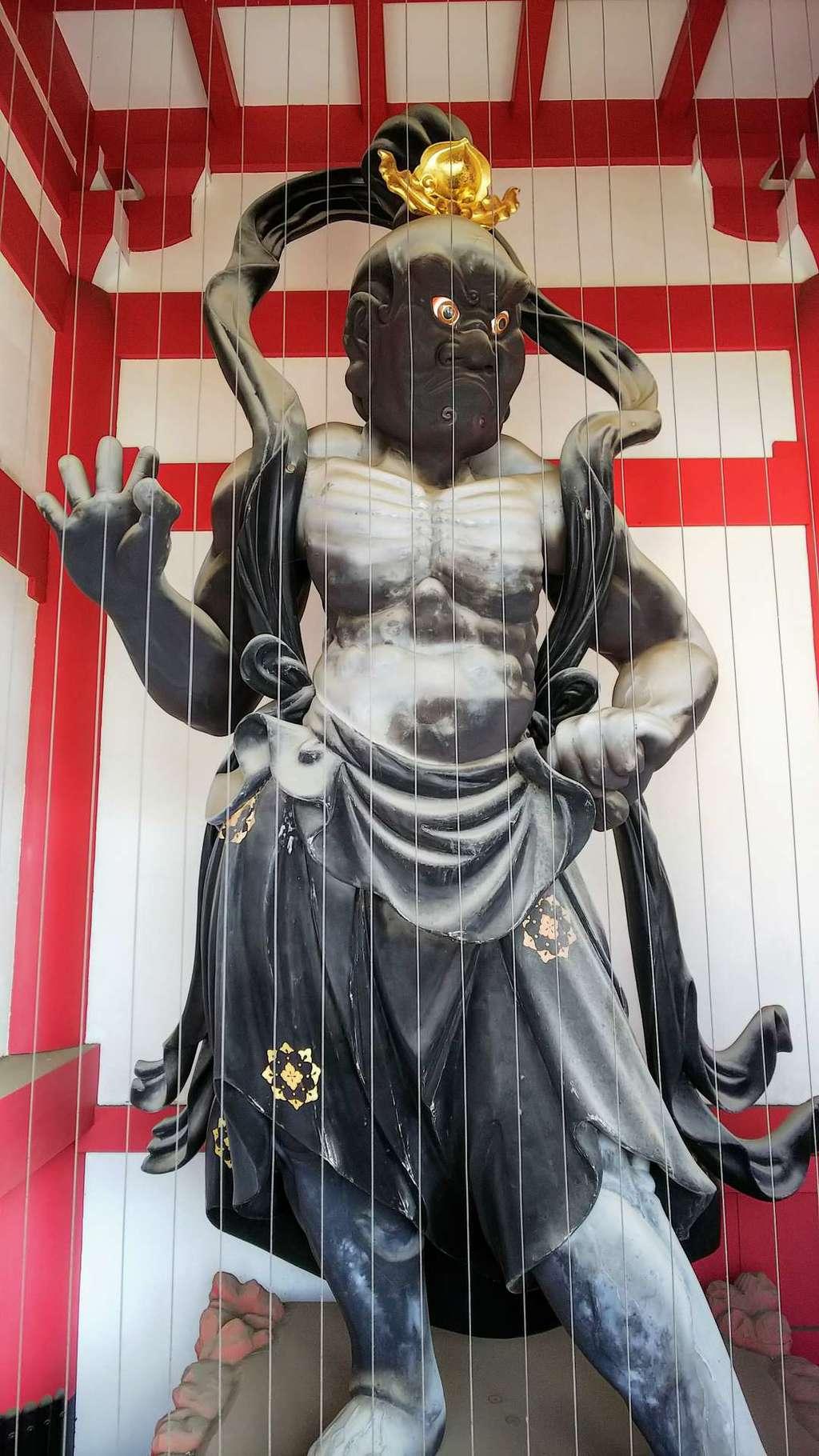 林光寺の像