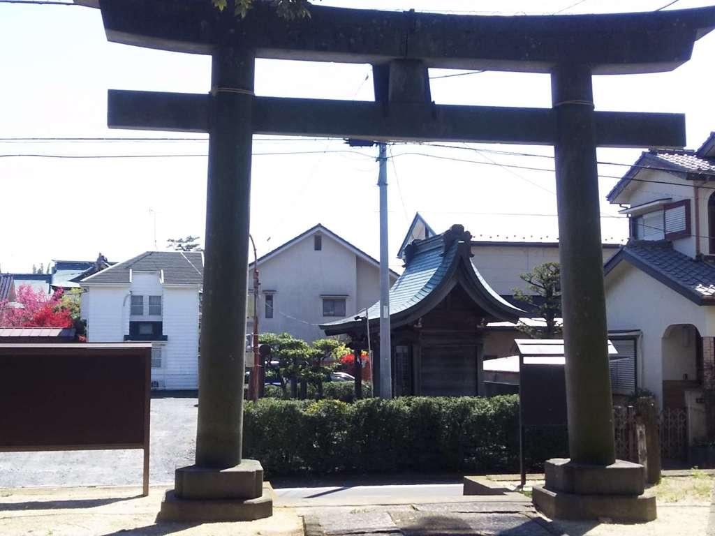神明神社の鳥居