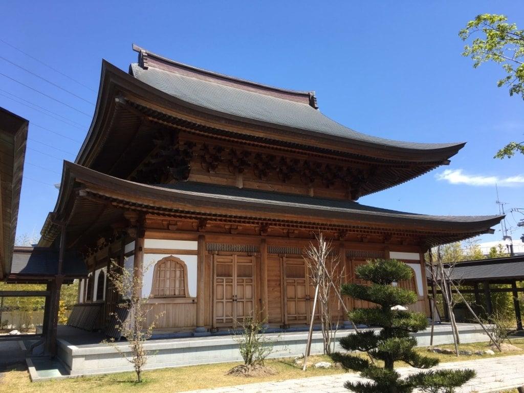 大悲山 浄海院 小松寺の本殿