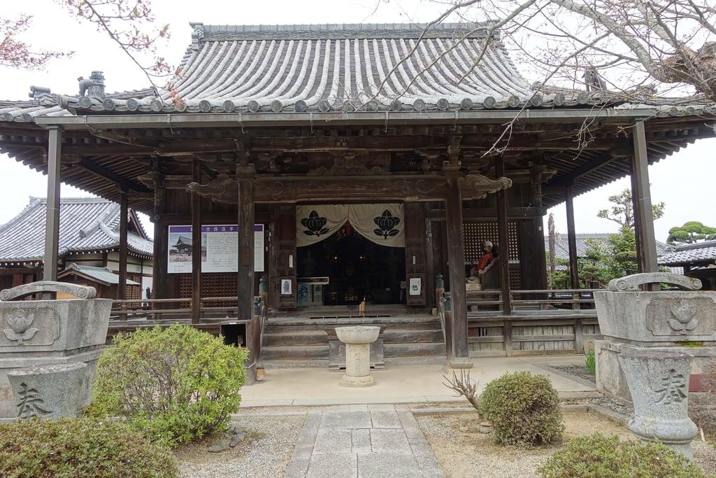 橘寺の本殿
