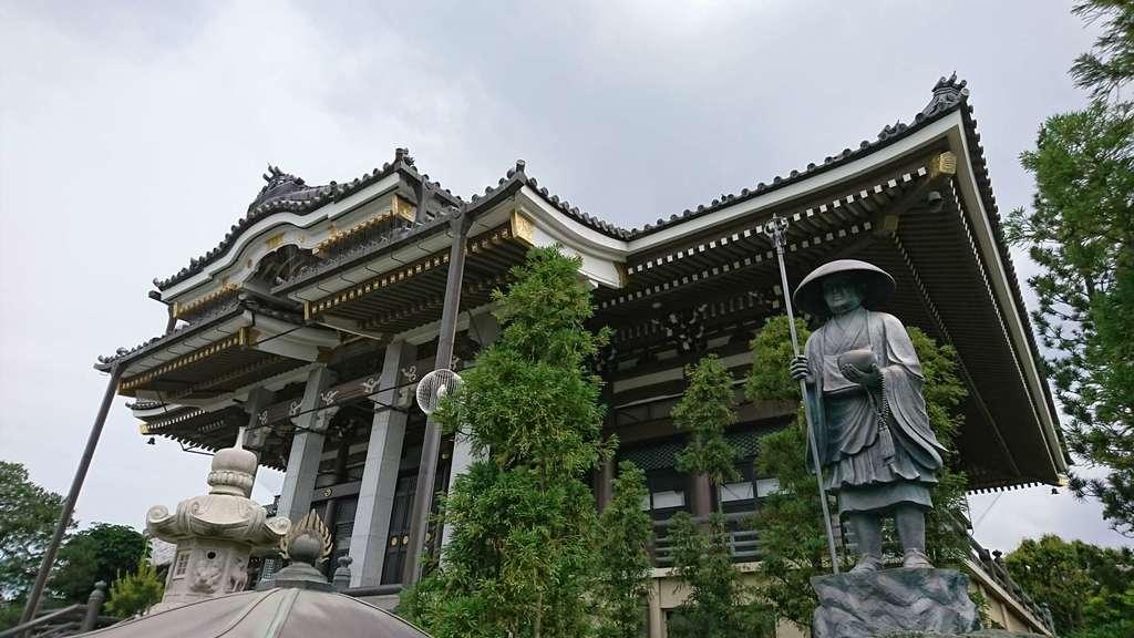 三学院の本殿