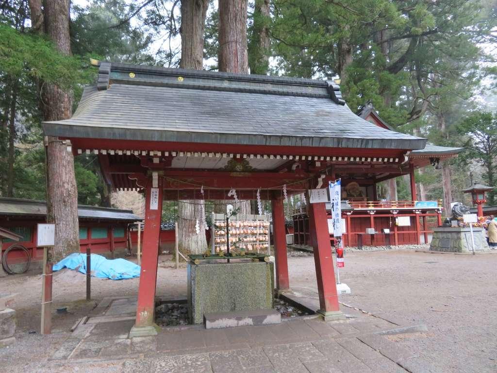 日光二荒山神社の手水