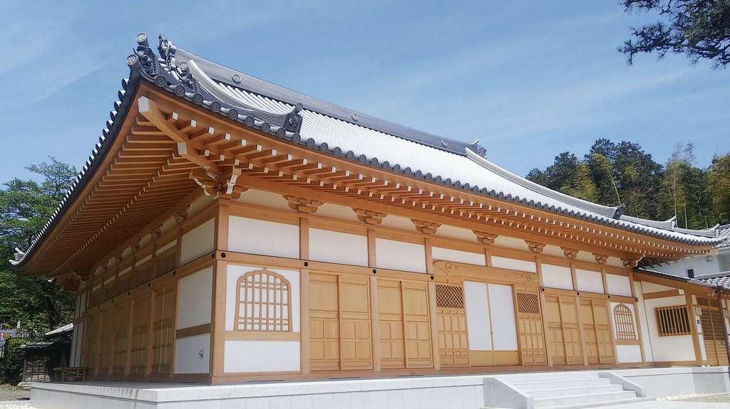 豊泉寺の本殿