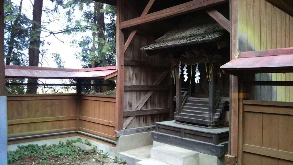 二所神社の本殿