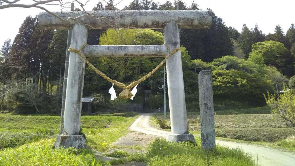 篠尾神社の鳥居