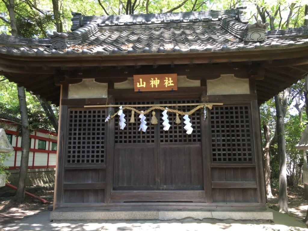 市原稲荷神社の末社