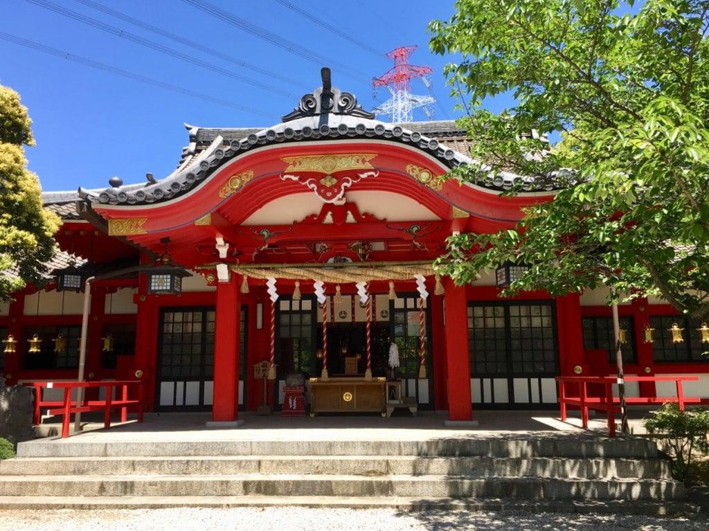 市原稲荷神社の本殿