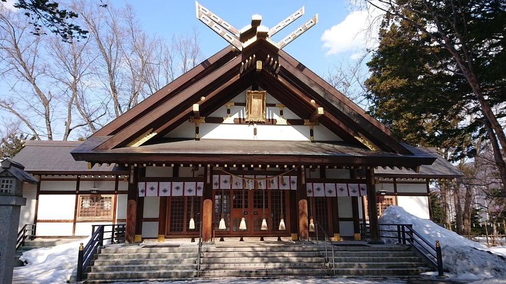 新琴似神社の本殿